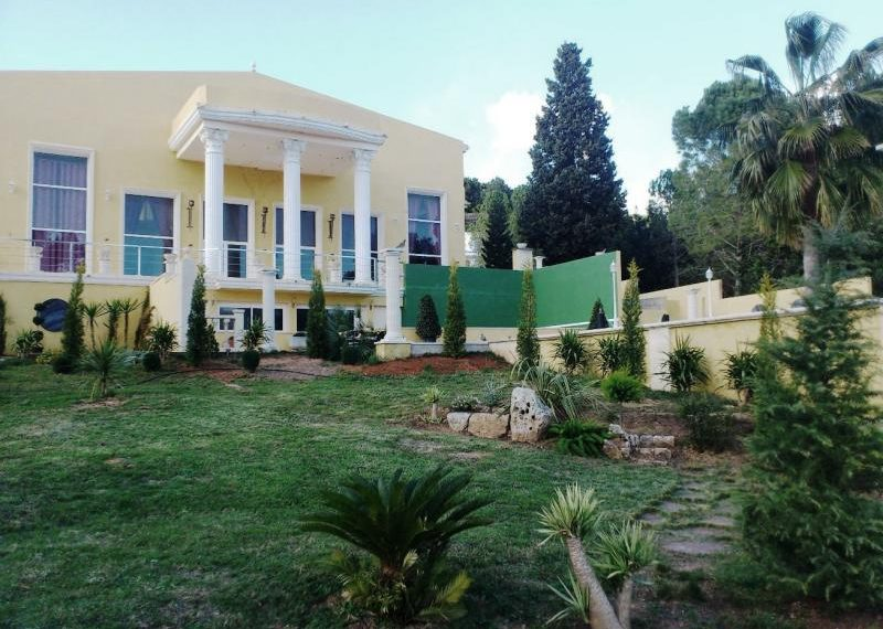 fachada-al-golf